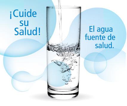 beneficios-de-tomar-agua-vaso_de_Agua